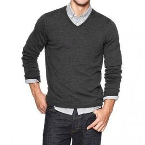 • Lanvin • Men's V Neck Merino Wool Sweater Gray